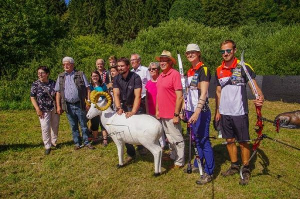 Neuer Bogenschiessparcours am Schaumberg eröffnet