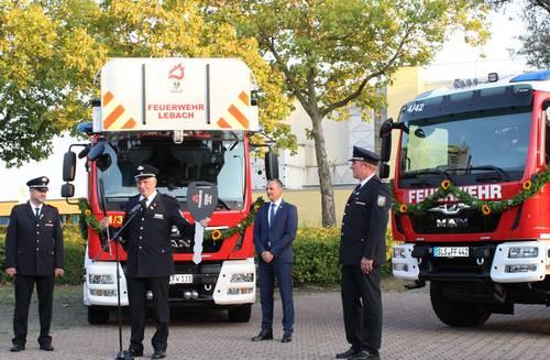 Einsegnung der Feuerwehrfahrzeuge