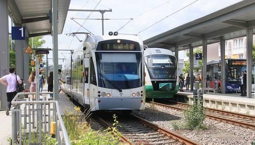 Bitte beachten: Züge fallen aus